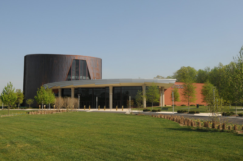 Hylton Performing Arts Center at the Science and Technology Campus. Photo by Creative Services/George Mason University