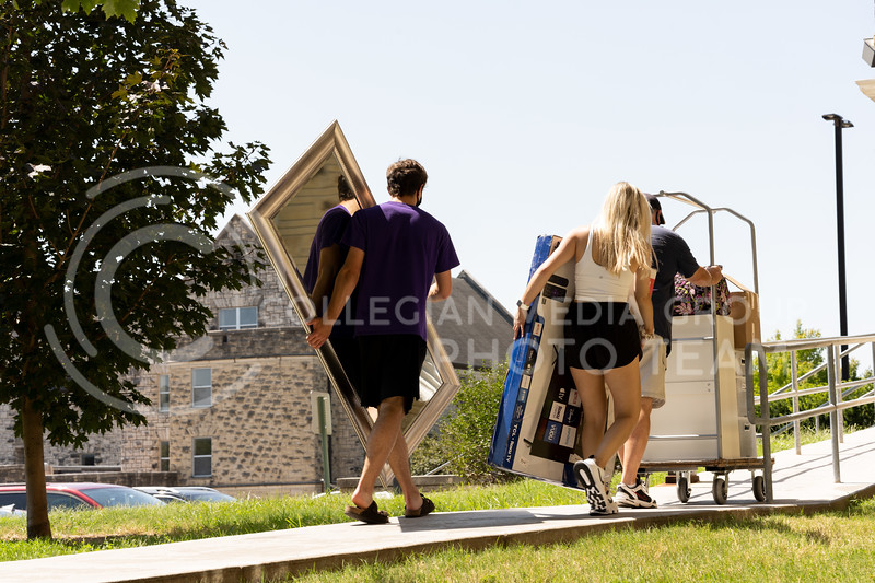 Families helped their students move into the dorms during their scheduled times and dates. Staggered time slots were given in order to reduce the size of gatherings. This is one of the many measures K-State has incorporated for the safety of the community. (Dylan Connell | Collegian Media Group)