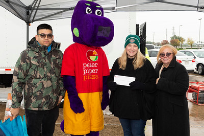 Can Do Food Drive_2019_030