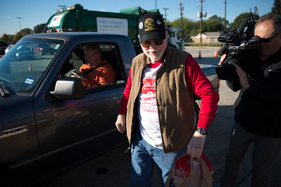 Can Do Food Drive_012