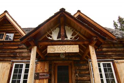 Skoki Lodge Hike