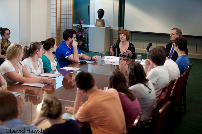 Universite du Quebec a Montreal CEGEP students briefing on American Politics and Canada-US Relations