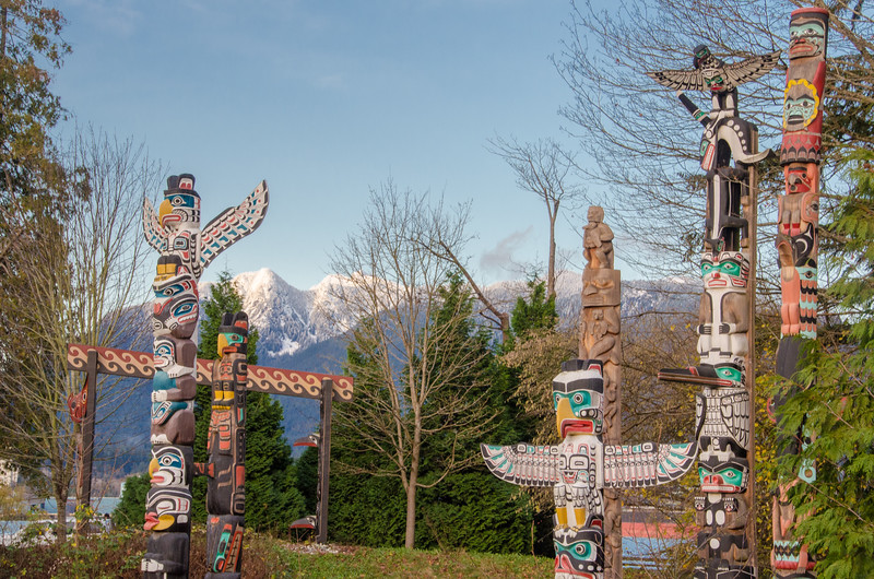 The colorful Totem Garden at Stanley Park, Vancouver | Things to do in Vancouver, BC