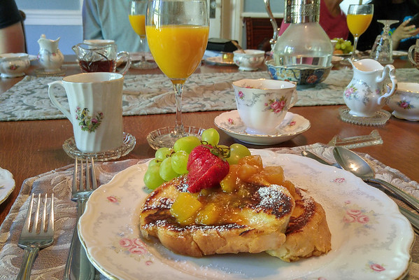 Gourmet breakfast at the Albion Manor B & B in Victoria, BC
