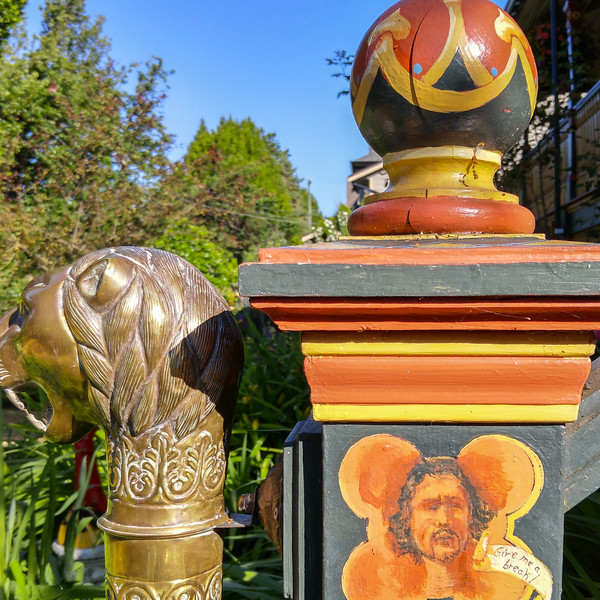 Albion Manor Bed and Breakfast in Victoria, BC