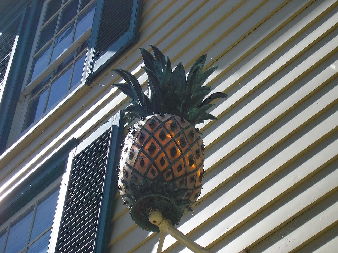 Pineapple Hospitality Welcom