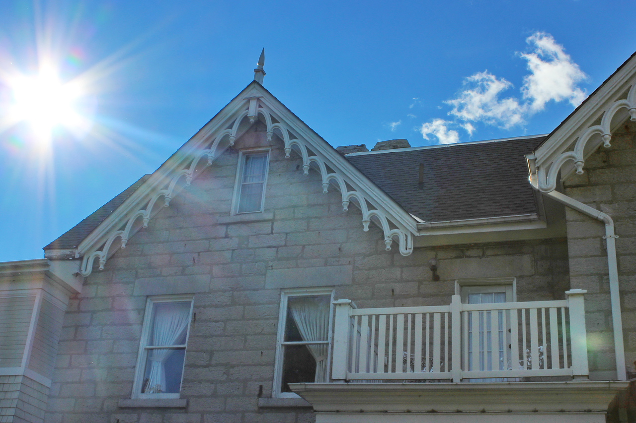 Roof Trim and Balcony
