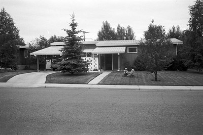 1978001-R3-C2-Southampton-Drive-Calgary-Alberta-Richard-Ruth-Vivienne-1978
