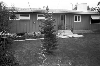 1978001-R5-C2-Southampton-Drive-Calgary-Alberta-Richard-Vivienne-1978
