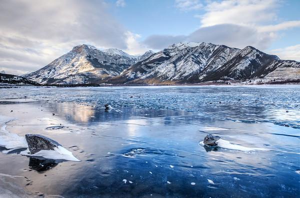 Lac des Arcs, Alberta, Canada