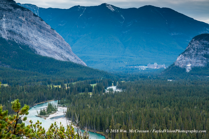 Banff Springs Hotel & Bow River