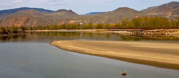 Panorama of a turn in the river at Kamloops BC