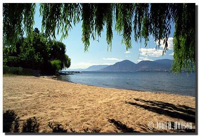 1695_2000020-R5-C3-NCS-BritishColumbia.jpg : Okanagan Lake southbound from Naramata, BC