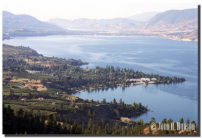 1694_2000020-R4-C1-NCS-BritishColumbia.jpg : Naramata, Okanagan Lake and Penticton [and Skaha Lake] in the far distance.