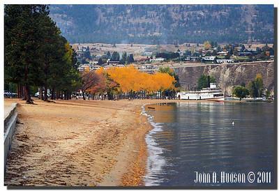 1636_1994046-R7-C3-NCS-BritishColumbia.jpg : SS Sicamous and the Okanagan Lake shoreline at Penticton, BC