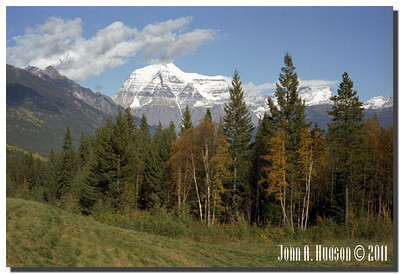 1576_1982006-R5-C4-NCS-BritishColumbia.jpg : Mount Robson [highest point in the Canadian Rockies, El. 3954m] from Tete Jaune Cache, Highway 5 and Highway 16 [Yellowhead Highway], west of Jasper, Alberta.