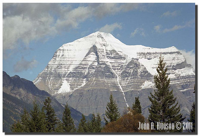 1579_1982006-R6-C2-NCS-BritishColumbia.jpg : Mount Robson [highest point in the Canadian Rockies, El. 3954m] from Tete Jaune Cache, Highway 5 and Highway 16 [Yellowhead Highway], west of Jasper, Alberta.