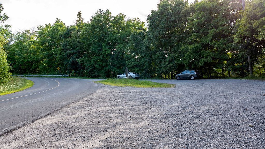 Glen Road parking area for the Bruce Trail