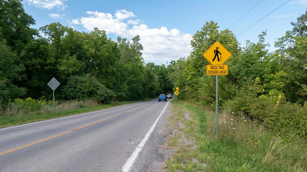 Bruce Trail Crossing Ahead sign on Seventeenth Street
