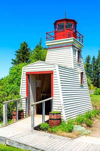 CANADA-PRINCE EDWARD ISLAND-Cap Egmont-The Bottle House-Faux lighthouse
