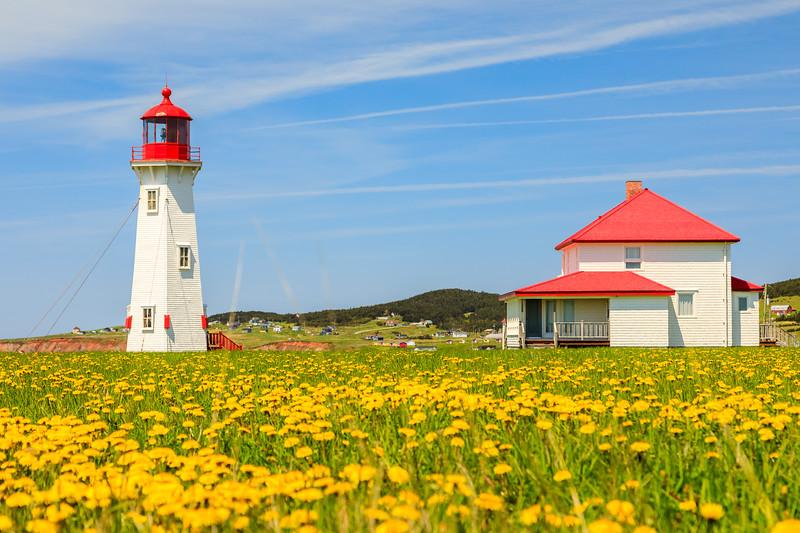CANADA-Quebec-Îles de la Madeleine-Harve-aux-Maisons-Bassin-Cap du Sud-L'Anse à la Cabane lighthouse