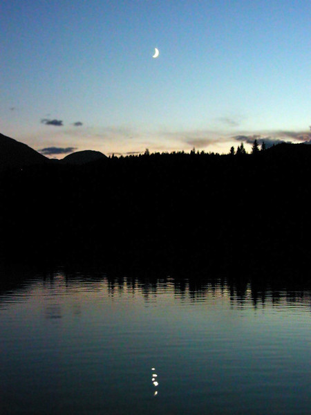Moonrise over Lac Beauvert