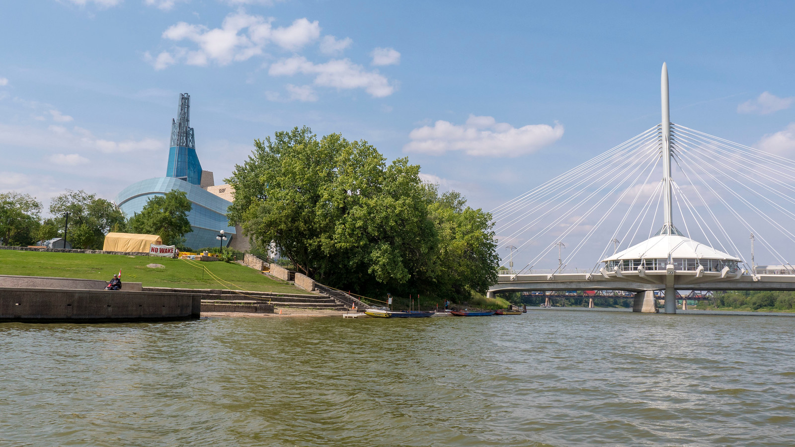 Splash Dash boat tour of Winnipeg - Things to Do in Winnipeg: A Couples Getaway Guide