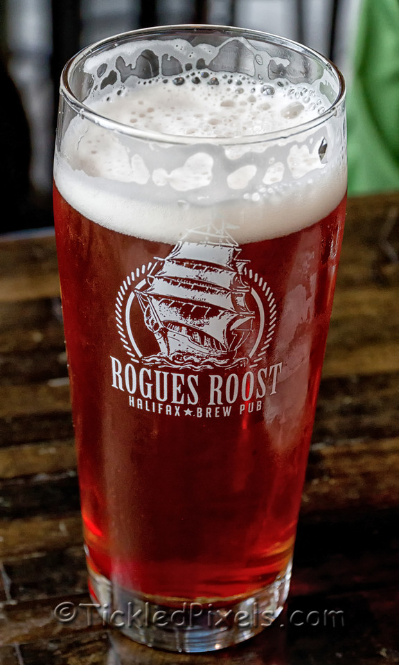 Rogues Roost - Strawberry Wheat Ale