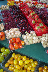 Time to enjoy some berries at the Marche Jean Talon - Montreal, QC ... October 8, 2006 ... Photo by Emily Conger