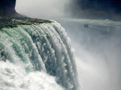 The American Falls - Niagara, NY ... June 13, 2005 ... Photo by Rob Page III