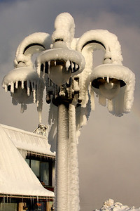 A lamp post frozen by Niagara's mist - Niagara Falls, ON ... December 22, 2008 ... Photo by Rob Page III