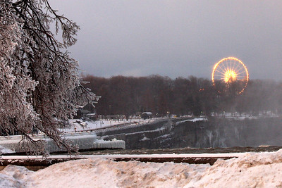 Niagara Falls, ON ... December 22, 2008 ... Photo by Emily Page