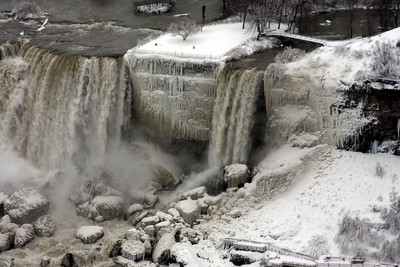 Bridal Veil Falls - Niagara Falls, ON ... December 23, 2008 ... Photo by Rob Page III