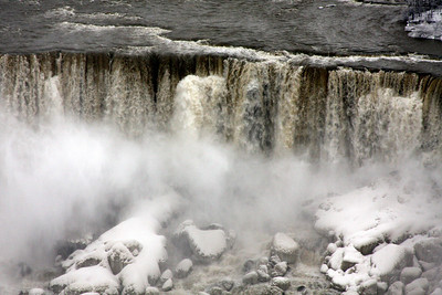 The crestline of the American Falls - Niagara Falls, ON ... December 23, 2008 ... Photo by Rob Page III