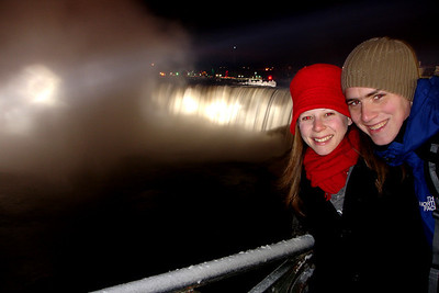 Rob and Emily at Niagara Falls - Niagara Falls, ON ... December 22, 2008 ... Photo y Rob Page III