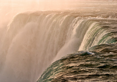 Horseshoe Falls, Niagara Falls, At Sunrise