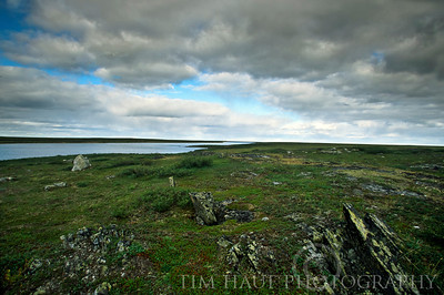 Rocky shoreline along the Thlewiaza River, about 61 km from Hudson Bay