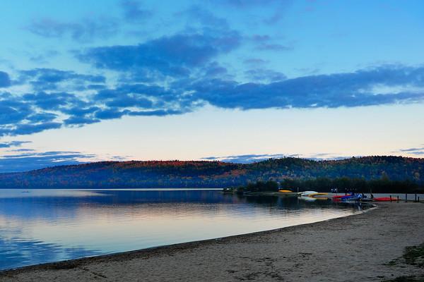 Sun setting on Lake