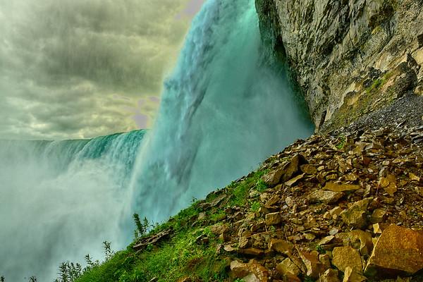 The Powerful Niagara Falls - Cover Photo