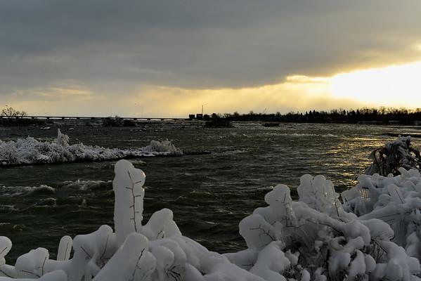Upper Niagara after sunrise
