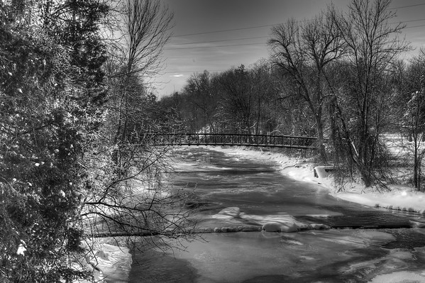 B&W of the River with walkway