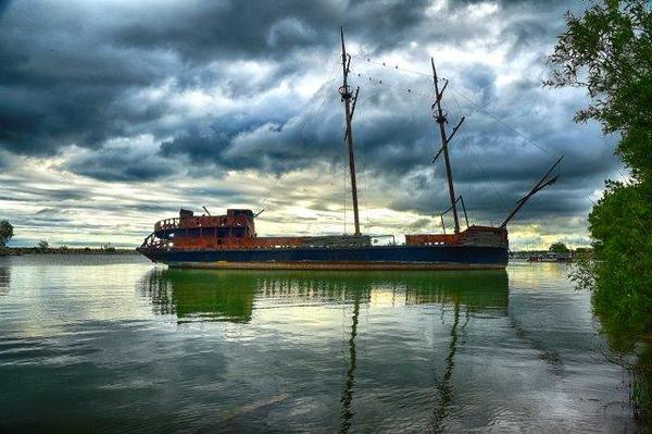 Ship looking gloomy in Jordan Harbour