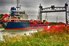 Ship thru Allanburg Bridge - Copy