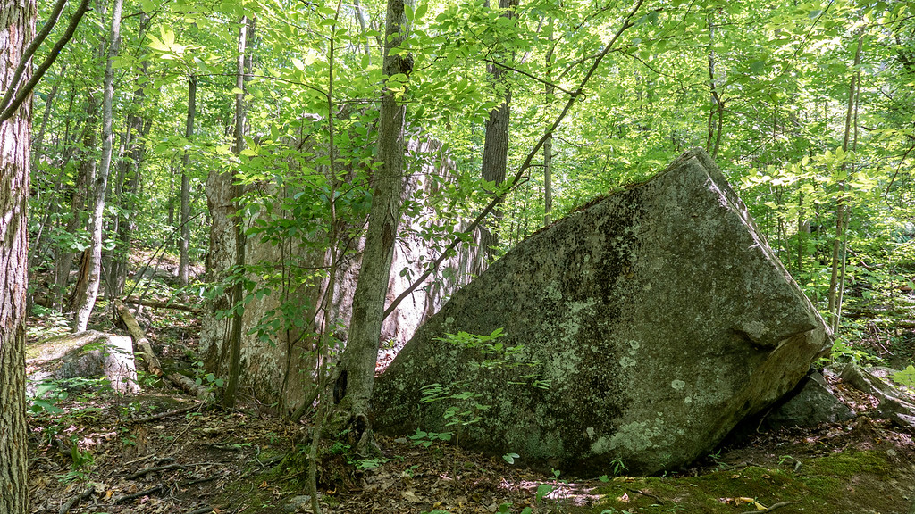 Giant boulders at Marble Rock
