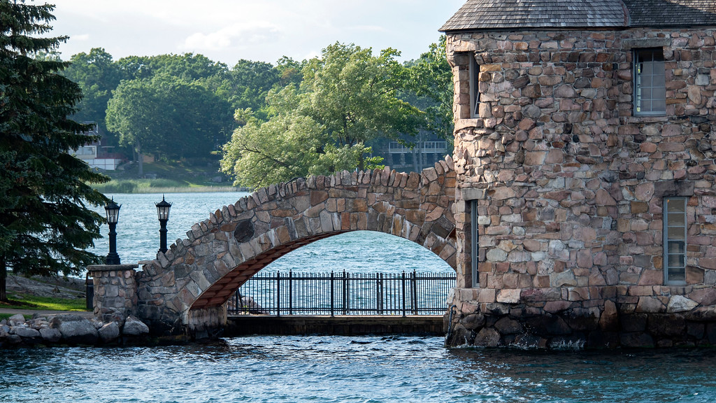 Boldt Castle and the 1000 Islands boat tour