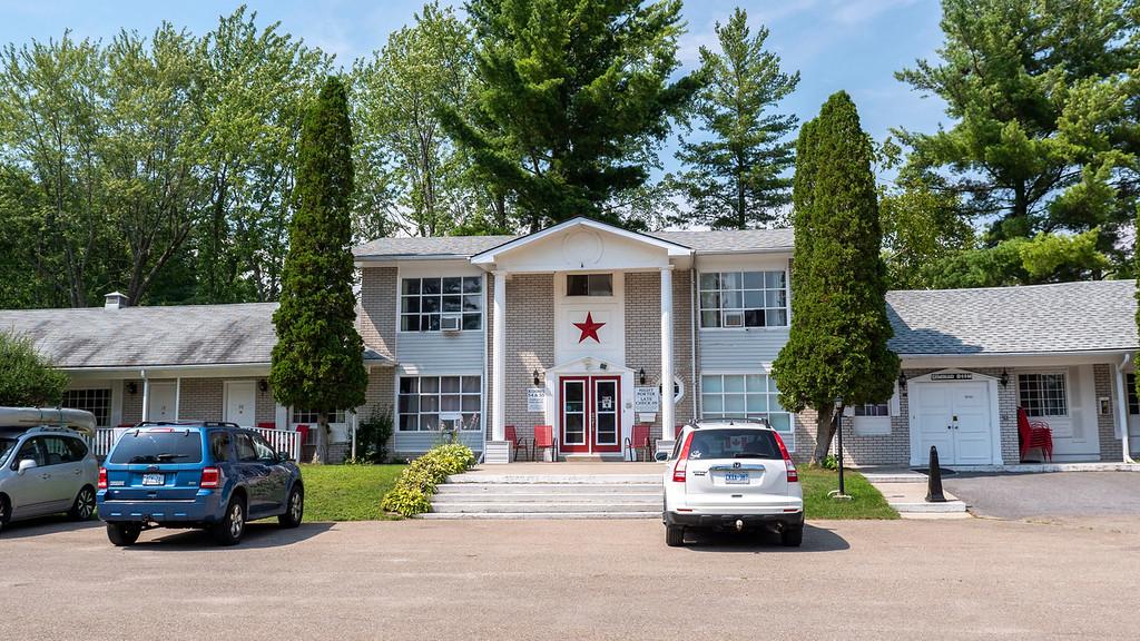 Colonial Resort & Spa in Gananoque Ontario Canada