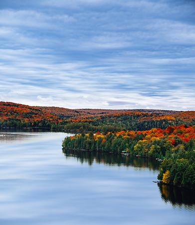 Fall foliage in Algonquin Provincial Park in Ontario, Canada