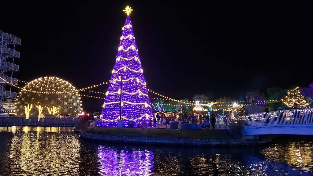 Aurora Winter Festival Toronto - Ontario Place dome and Christmas tree