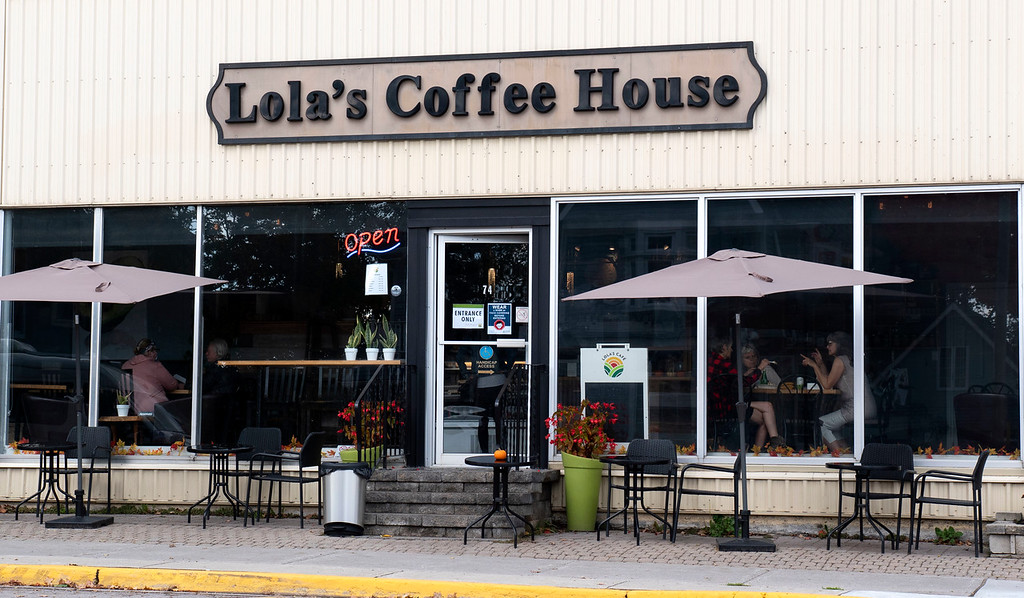 Lola's Cafe / Lola's Coffee House