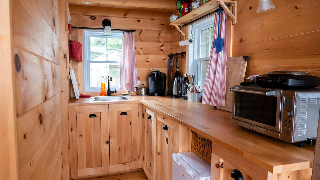 Tiny House Brighton on Airbnb